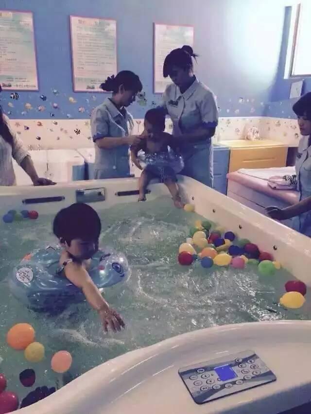 儿童洗澡游泳馆加盟需要多少钱图片